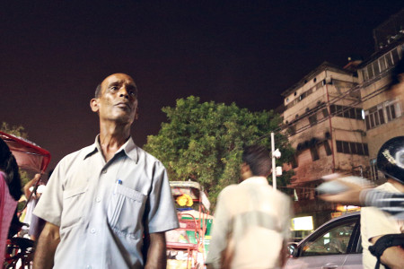 a lost looking person at chandni chowk old Delhi